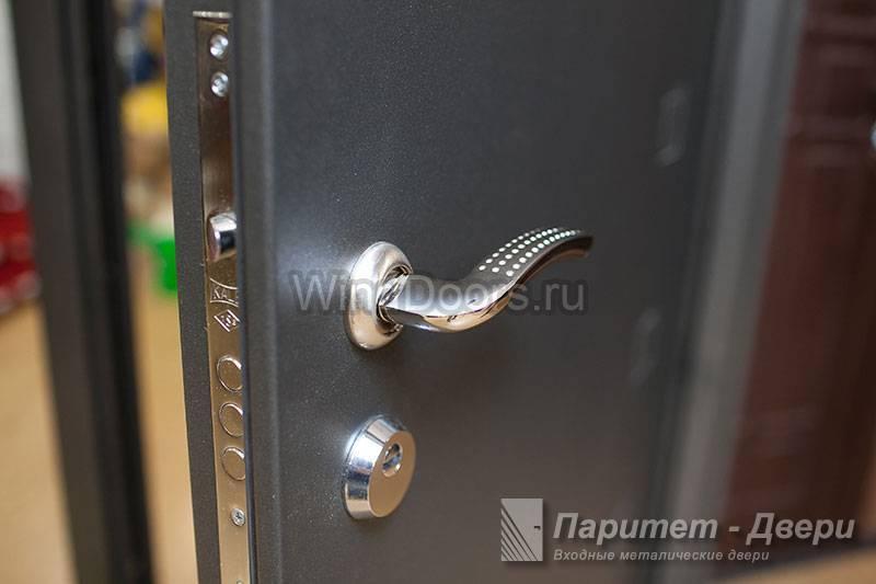 гарантия на двери входные металлические